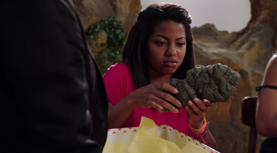 """Weekly Ranger Review: Dino Charge Episode 07, """"Let Sleeping Zords Lie"""""""