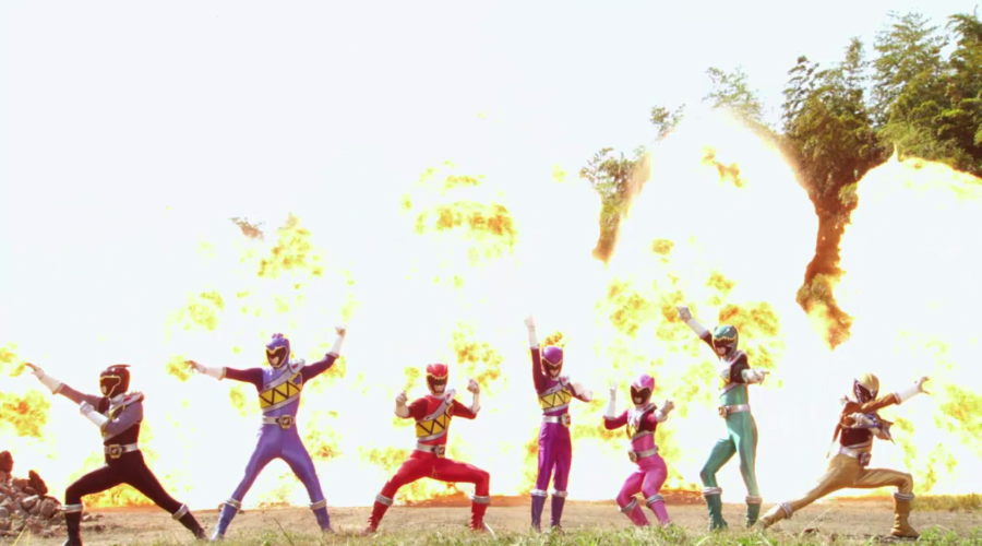 """Weekly Ranger Review: Dino Super Charge Episode 01, """"When Evil Stirs"""""""